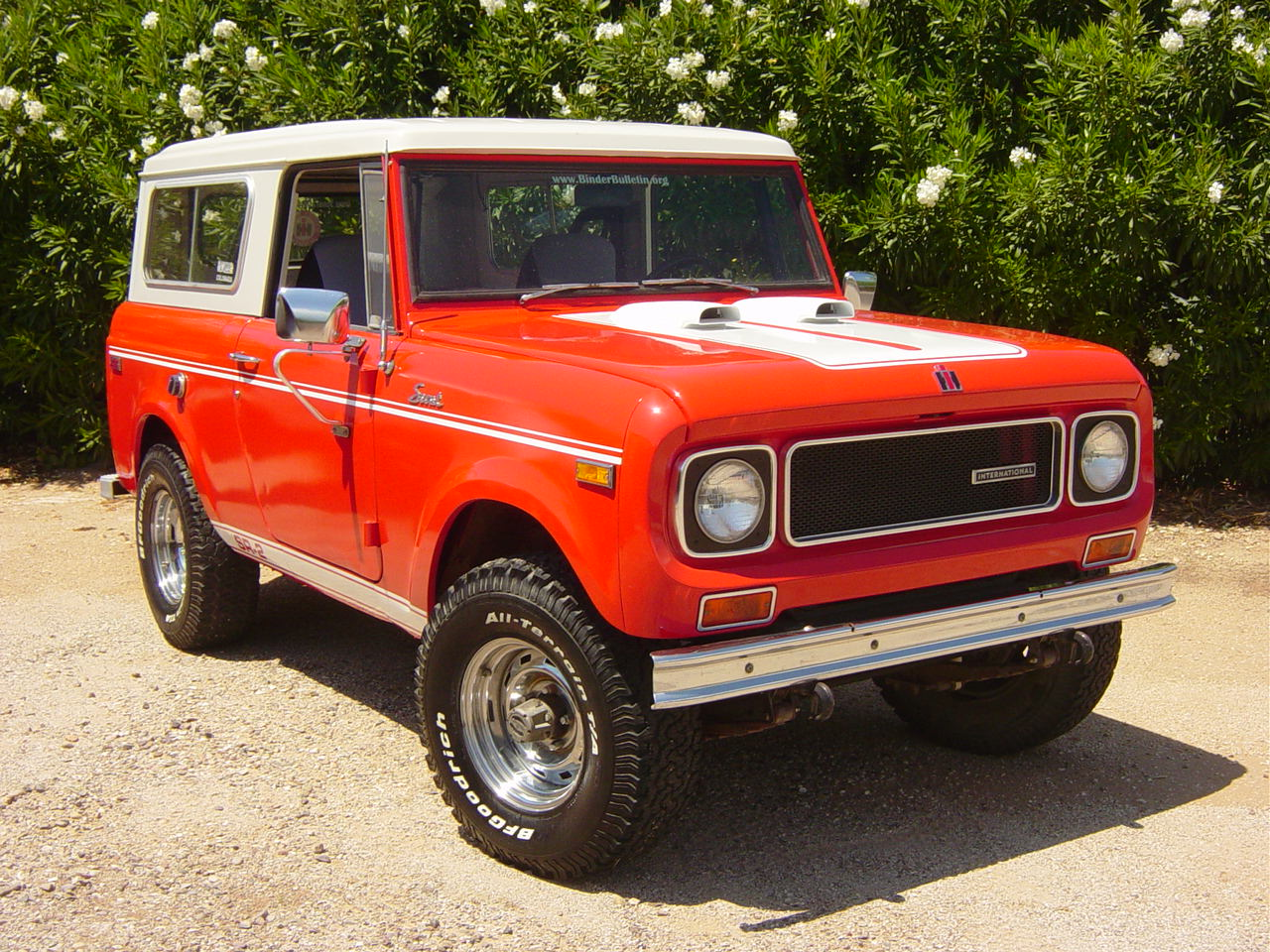 Roy S International Scout 800a